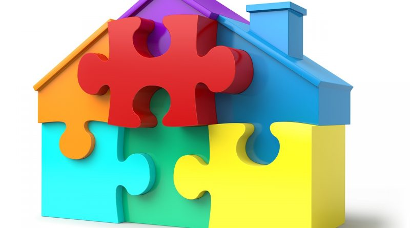 Puzzle Pieces House Shape  - AbsolutVision / Pixabay